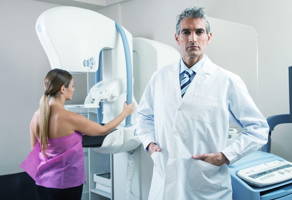 בדיקת אולטרסאונד של השד