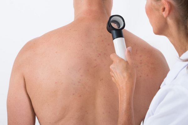 Dermatology, דרמטולוג